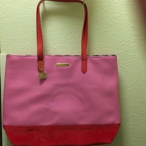 Pink Juicy Couture tote bag. NWOT Big Sassy & CUTE